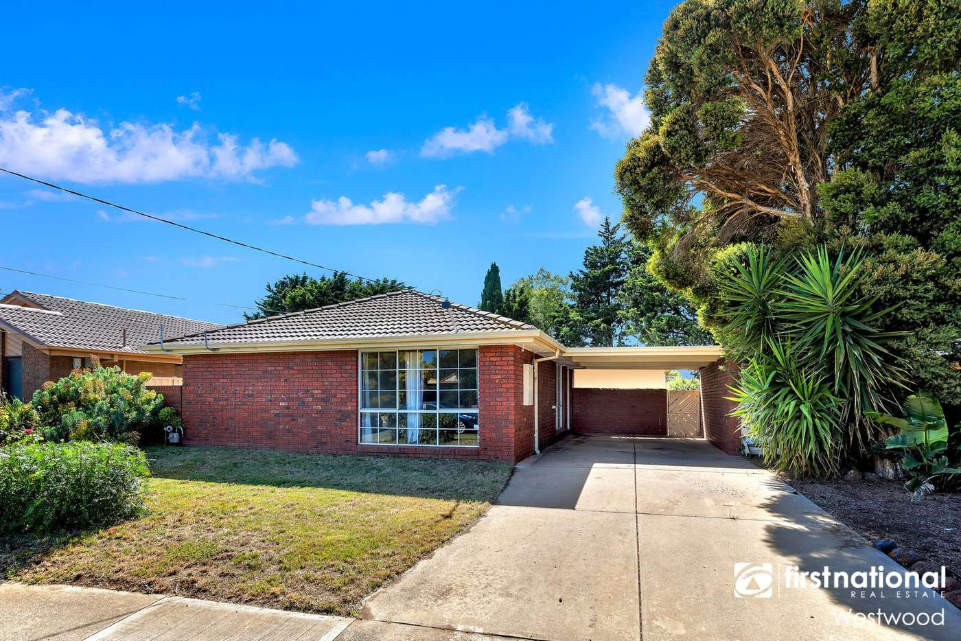 Main view of Homely house listing, 34 Iluka Drive, Werribee VIC 3030