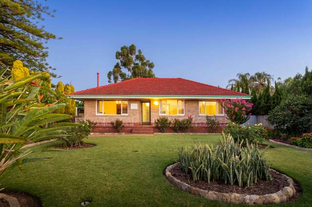 6 Beverley Terrace, South Guildford WA 6055