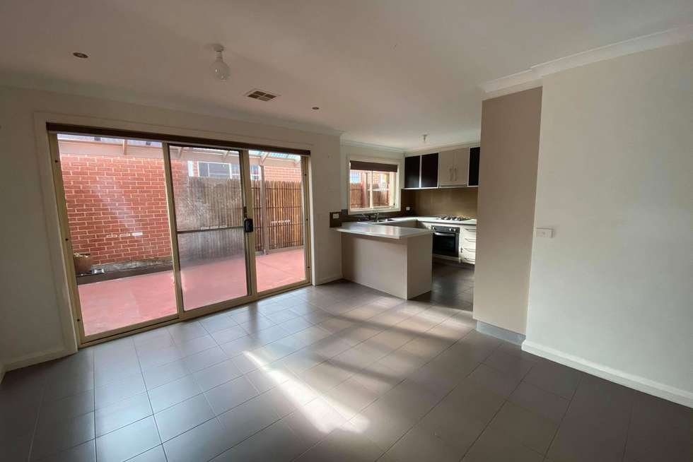 Fifth view of Homely unit listing, 1/9 Sayvel Close, Hillside VIC 3037