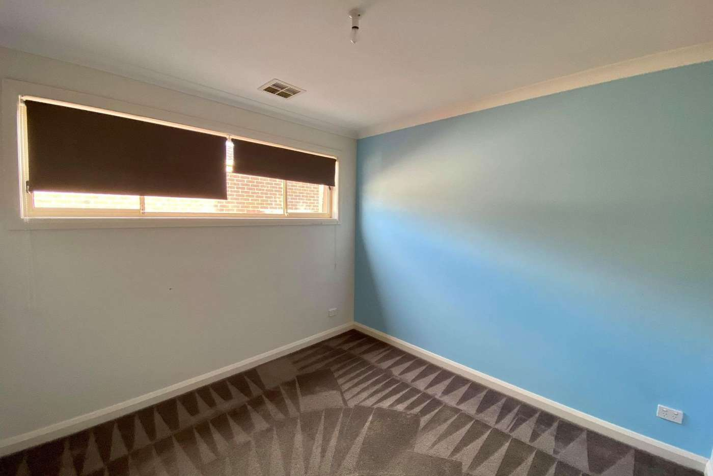 Seventh view of Homely unit listing, 1/9 Sayvel Close, Hillside VIC 3037