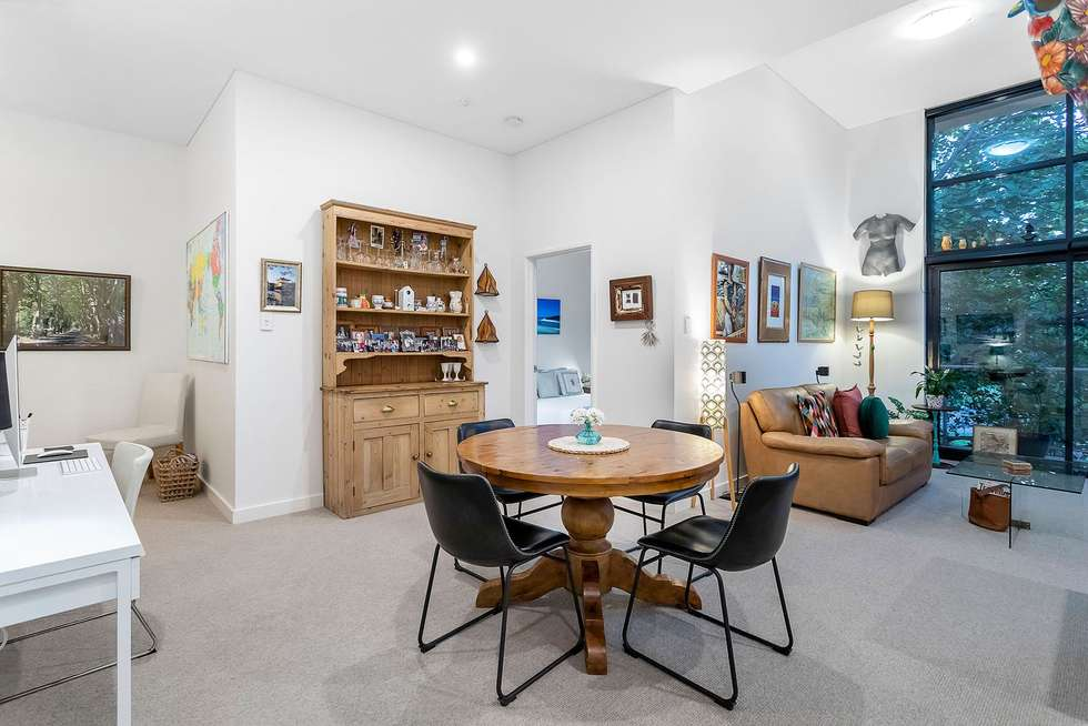 Fourth view of Homely apartment listing, 18/124 Mounts Bay Road, Perth WA 6000
