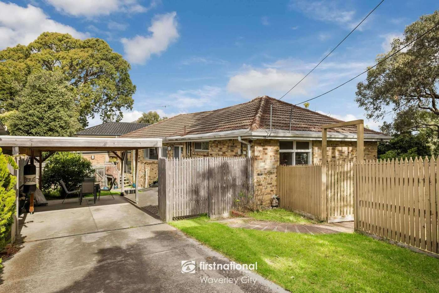 Main view of Homely townhouse listing, 1/10 Joanna Court, Mount Waverley VIC 3149