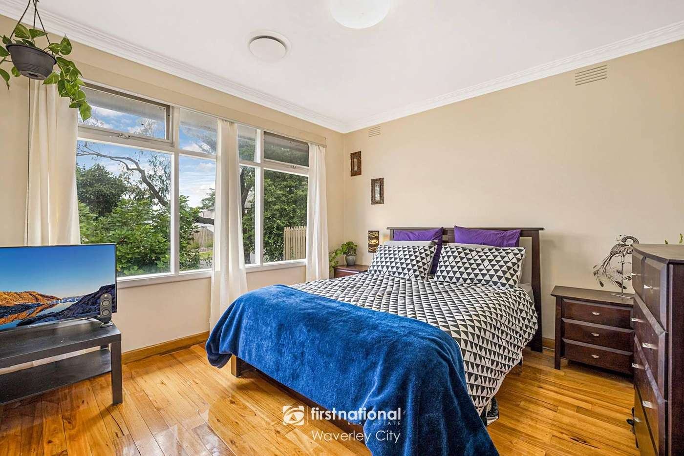 Sixth view of Homely townhouse listing, 1/10 Joanna Court, Mount Waverley VIC 3149
