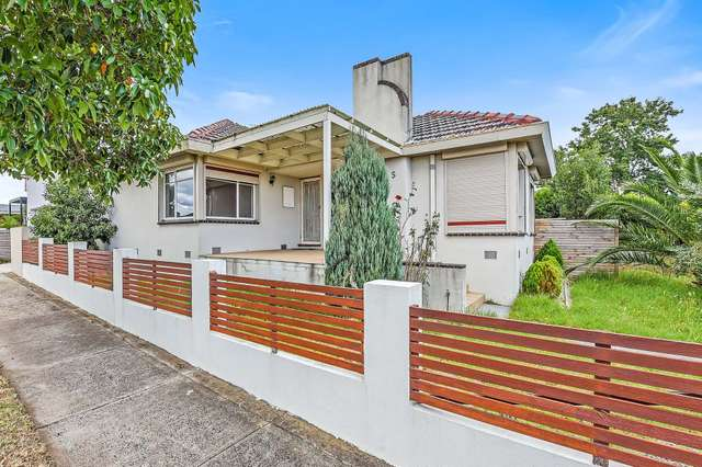 5 Stevenson Avenue, Dandenong North VIC 3175