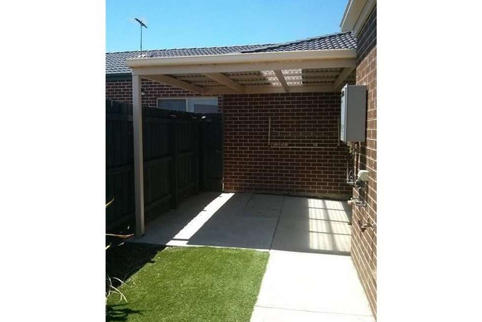 Fifth view of Homely house listing, 1 Bowerbird Place, Truganina VIC 3029