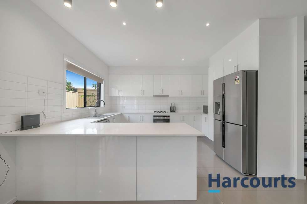 Fifth view of Homely unit listing, 3/102 Brindalee Way, Hillside VIC 3037