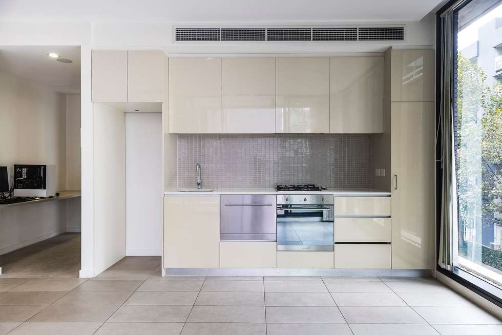 Fourth view of Homely apartment listing, 203/70 Queens Road, Melbourne VIC 3004