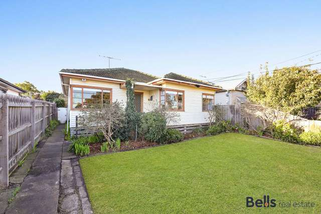 52 Couch Street, Sunshine VIC 3020