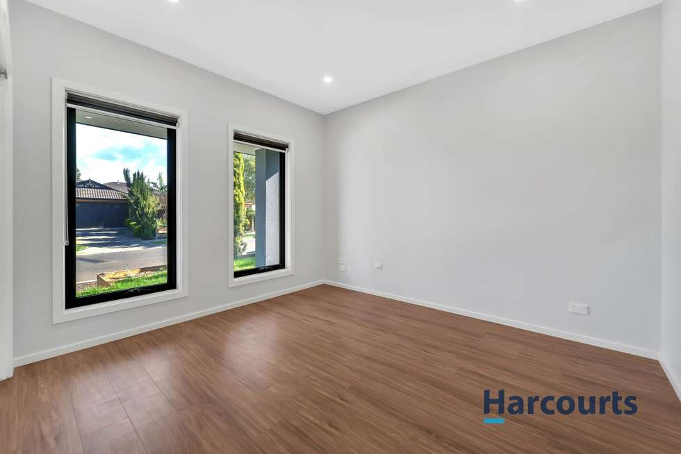 Second view of Homely townhouse listing, 1/12 Pilbara Avenue, Burnside VIC 3023