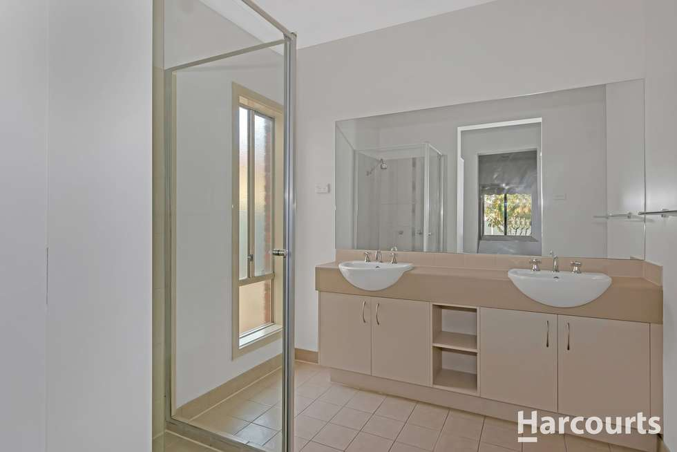 Fourth view of Homely house listing, 6 Woodruff Place, Caroline Springs VIC 3023