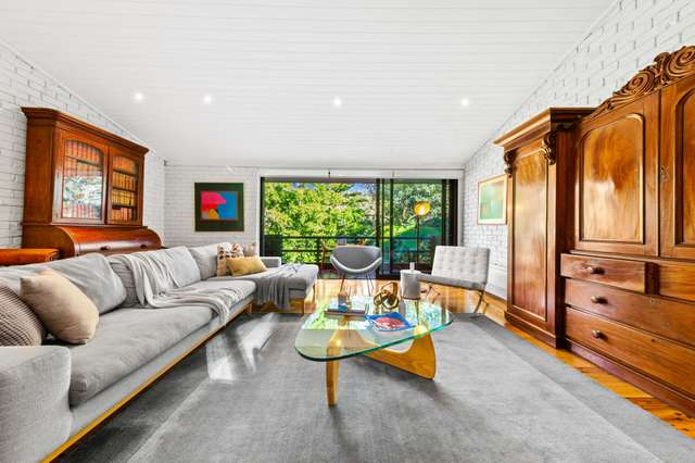 25 Lowry Crescent, St Ives NSW 2075