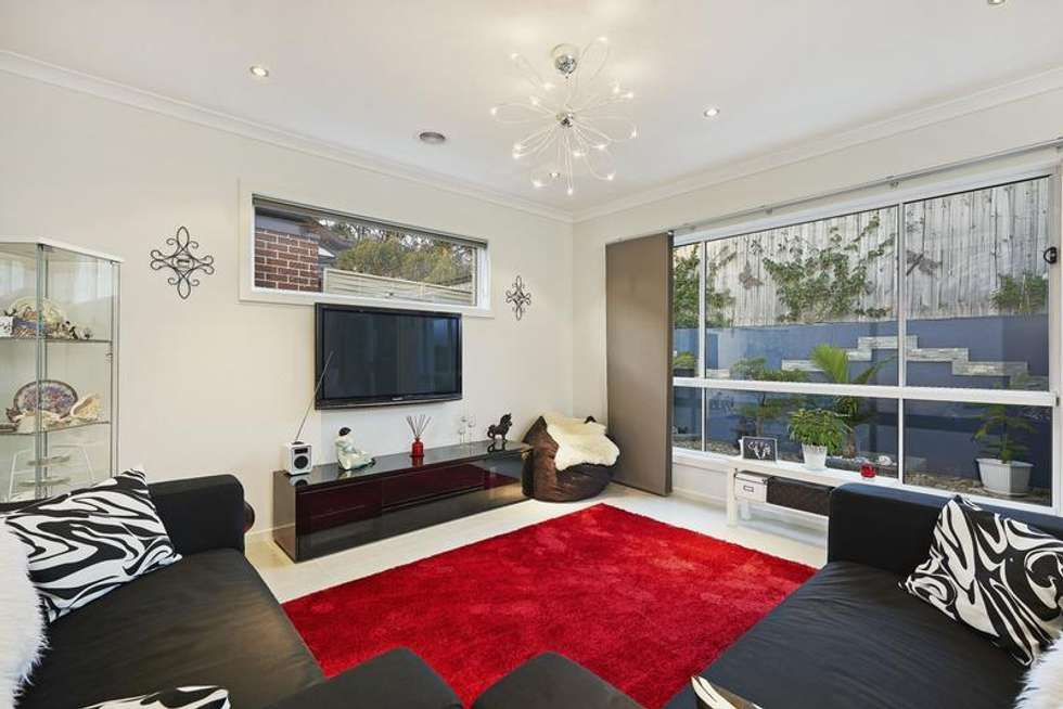 Second view of Homely unit listing, 31/3 Manor View, Pakenham VIC 3810