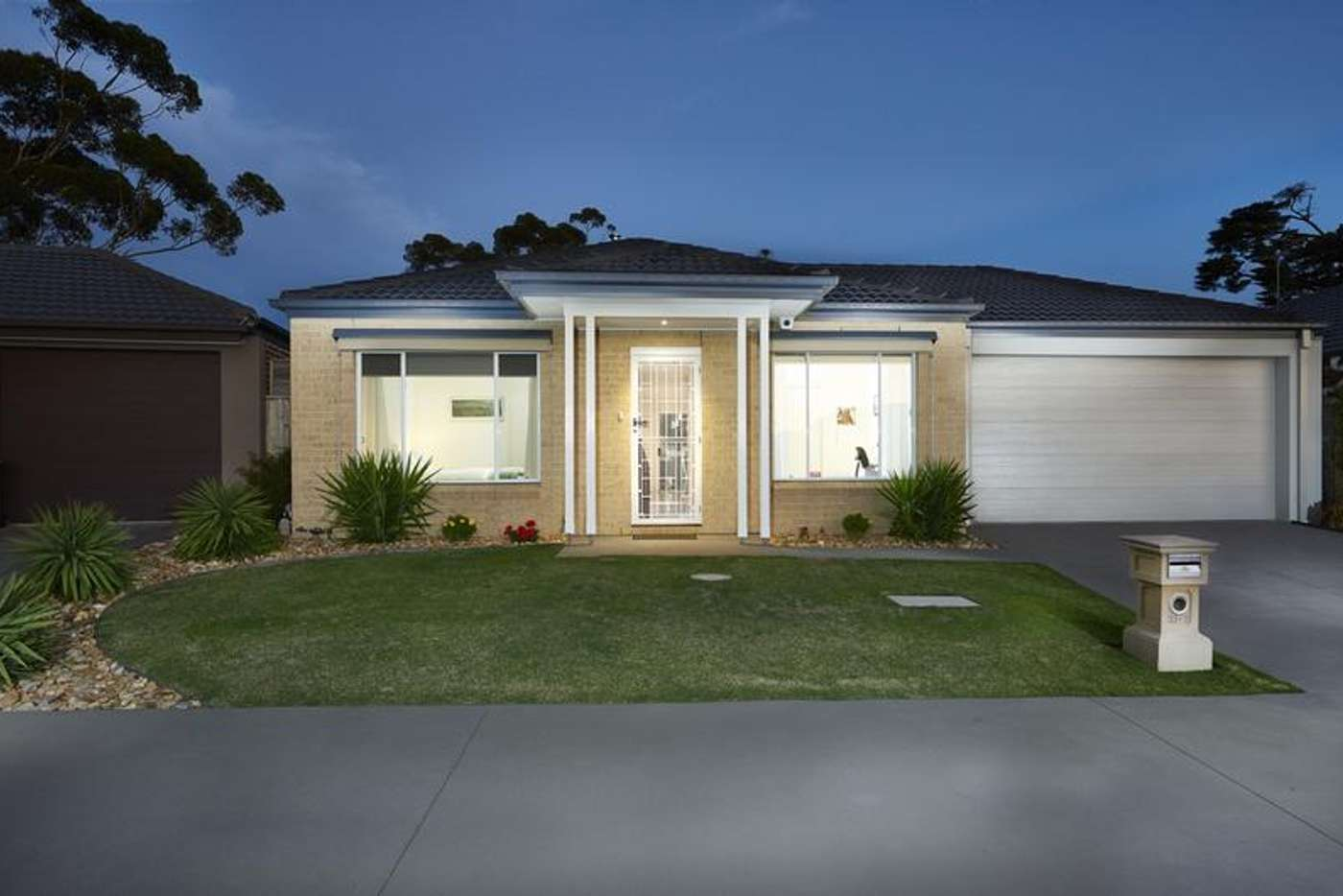 Main view of Homely unit listing, 31/3 Manor View, Pakenham VIC 3810