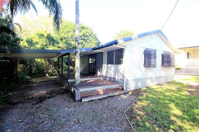 14 lemontree Drive, Macleay Island QLD 4184