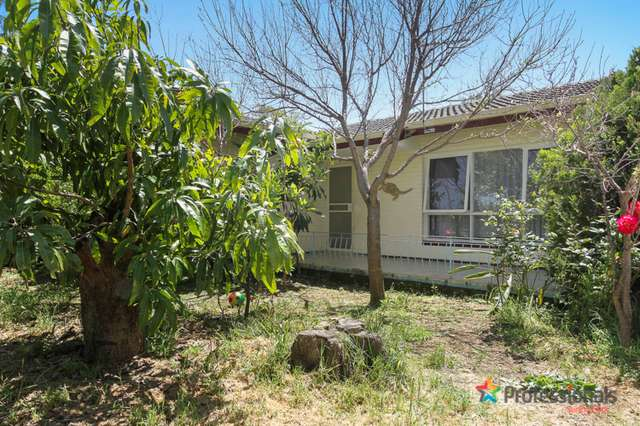 10a Connaught Street, Forrestfield WA 6058