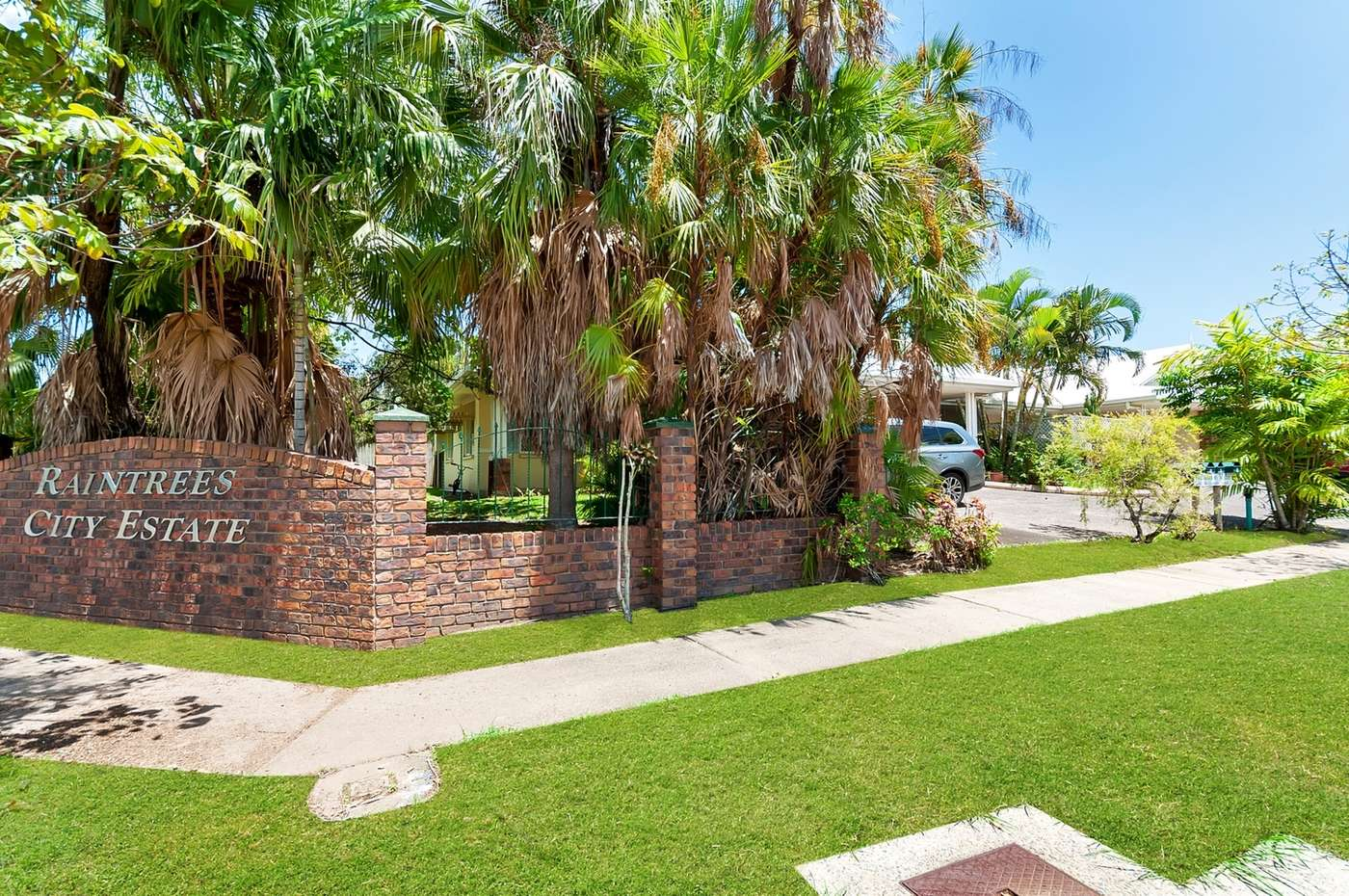 Main view of Homely unit listing, 4/362 McCoombe Street, Mooroobool, QLD 4870
