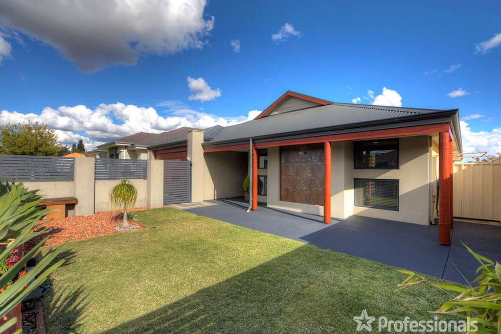 Second view of Homely house listing, 32 Arthur Road, Wattle Grove WA 6107