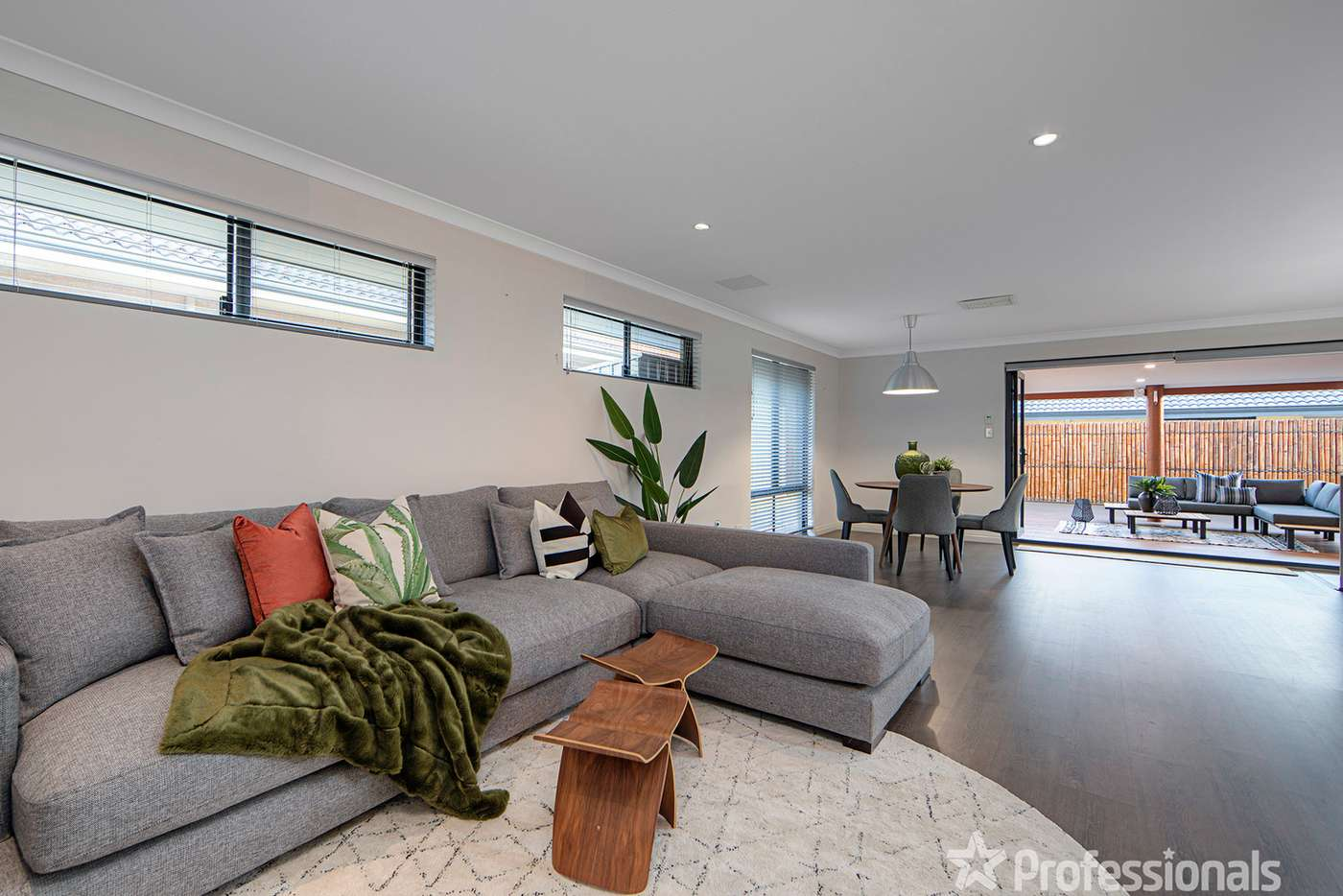 Seventh view of Homely house listing, 32 Arthur Road, Wattle Grove WA 6107