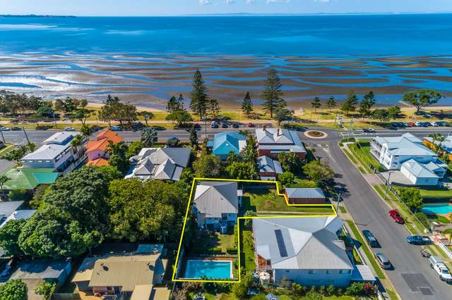 48 Sixth Avenue, Sandgate QLD 4017
