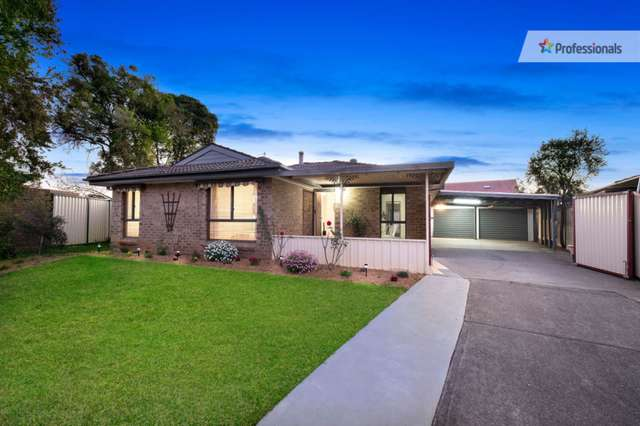 12 Crossley Avenue, Mcgraths Hill NSW 2756