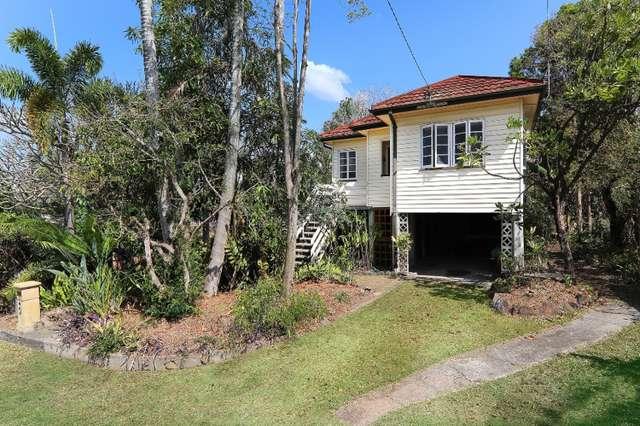 12 Howard Street, Oxley QLD 4075