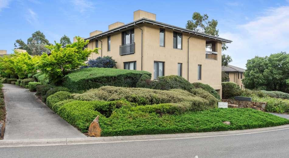 9 Henley Bridge Road, Chirnside Park VIC 3116