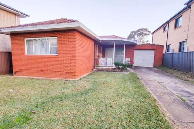 1 Bell Street, Picnic Point NSW 2213