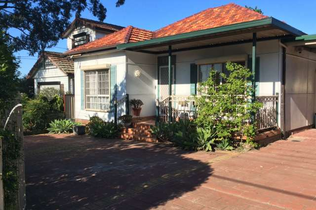 243 Roberts Road, Greenacre NSW 2190