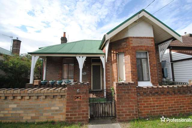 6 Read Avenue, Lithgow NSW 2790