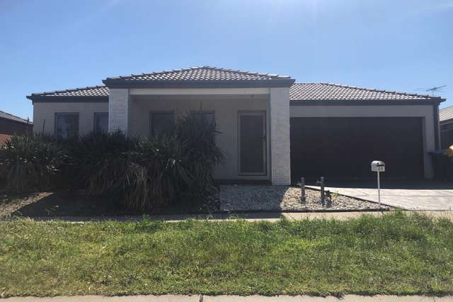 23 Clematis Crescent, Manor Lakes VIC 3024