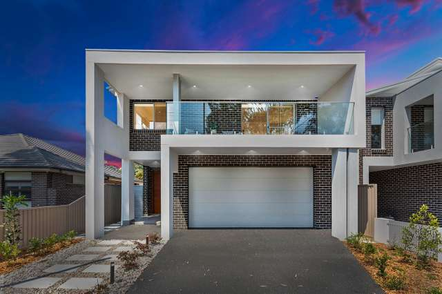 61 Victor Avenue, Picnic Point NSW 2213