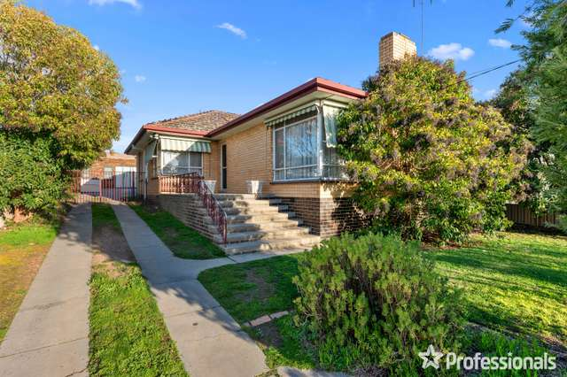 15 Woods Street, Kennington VIC 3550
