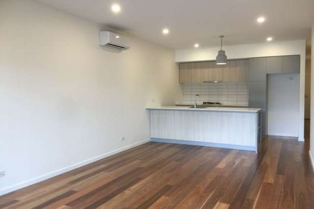 40 Sharp Circuit, Mill Park VIC 3082