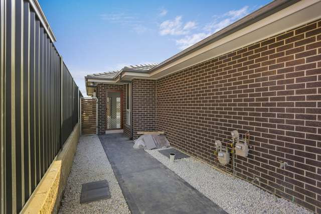 14B Toovey Avenue, Oran Park NSW 2570