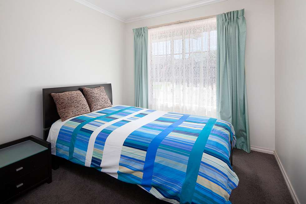 Fourth view of Homely unit listing, 2/26 Young Street, Drouin VIC 3818
