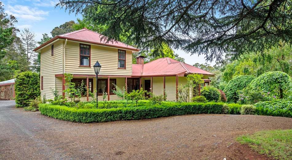 240 Wandin Creek Road, Wandin East VIC 3139