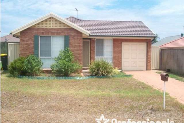 18 Glenview Grove, Glendenning NSW 2761
