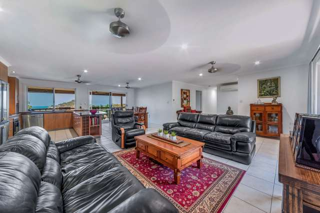 20 Country Road, Cannonvale QLD 4802