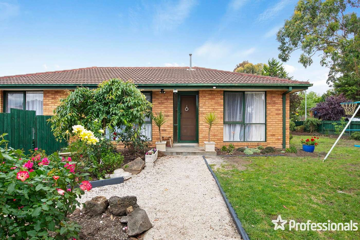 Main view of Homely house listing, 3 Honeysuckle Walk, Croydon South VIC 3136