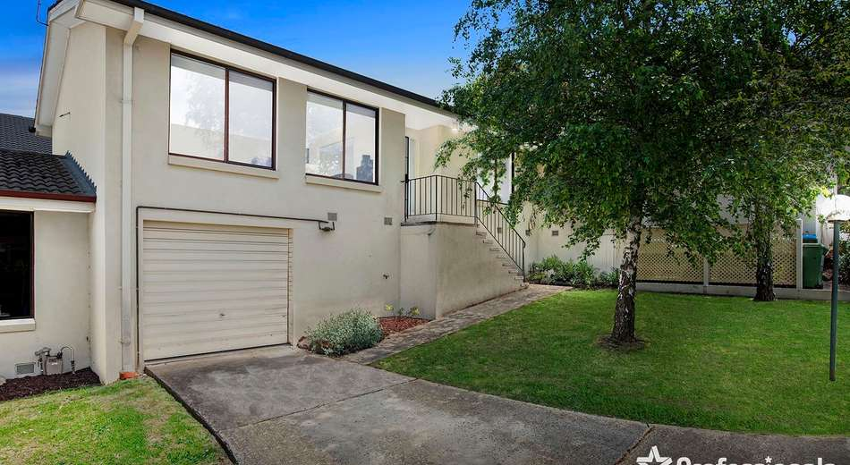 2/24 Mount Dandenong Road, Ringwood East VIC 3135
