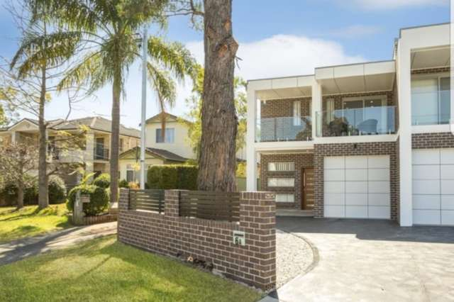 6a Langdale Avenue, Revesby NSW 2212