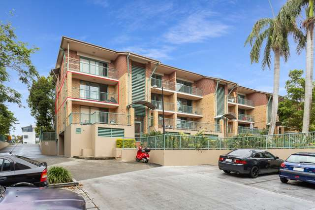 33/45 Pohlman Street, Southport QLD 4215