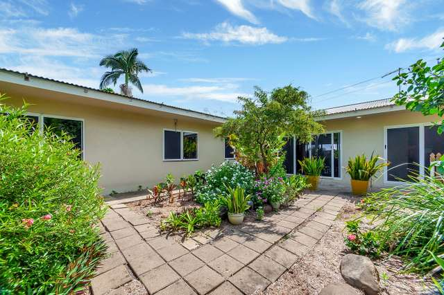1 Gillian Close, Smithfield QLD 4878