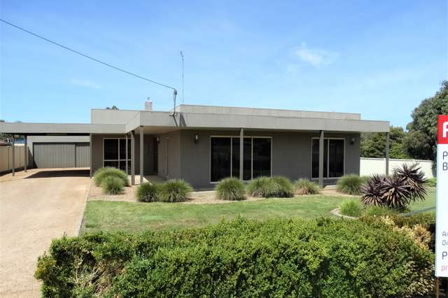 933 Geelong Road, Canadian VIC 3350