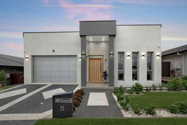 5 Allison Circuit, Oran Park NSW 2570