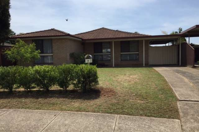 7 Moore Street, St Clair NSW 2759