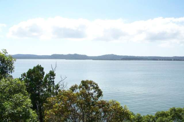 3 Azure Court, Lamb Island QLD 4184