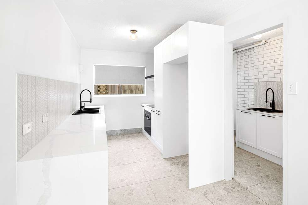 Second view of Homely unit listing, 2/21 Thomas Drive, Surfers Paradise QLD 4217