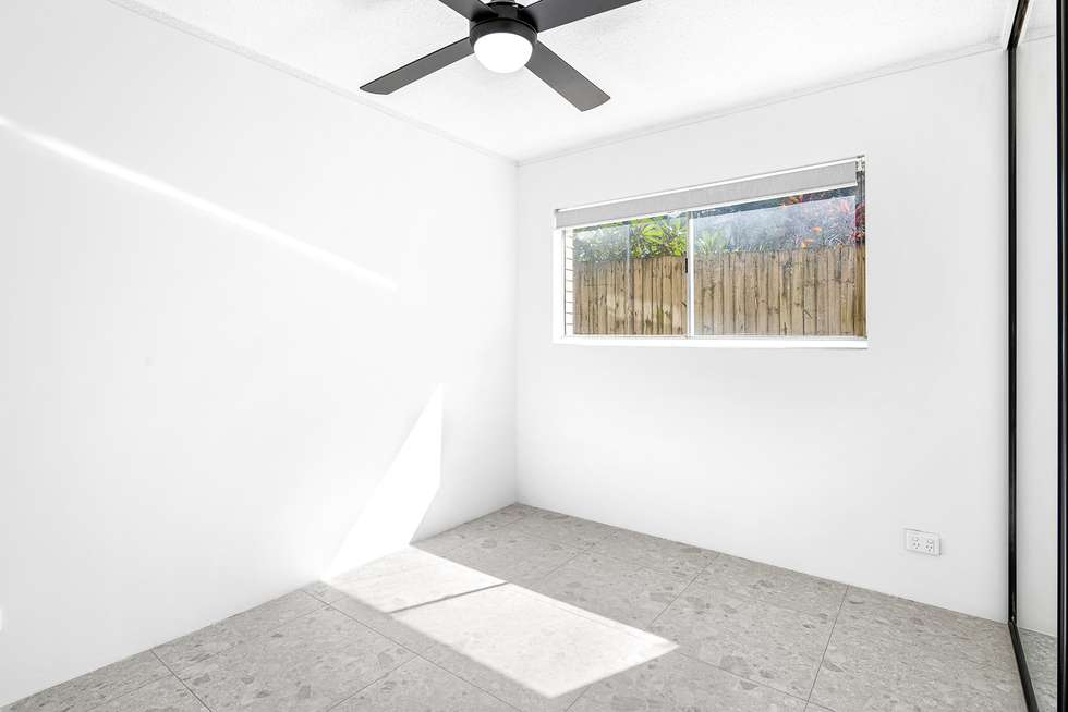 Fifth view of Homely unit listing, 2/21 Thomas Drive, Surfers Paradise QLD 4217