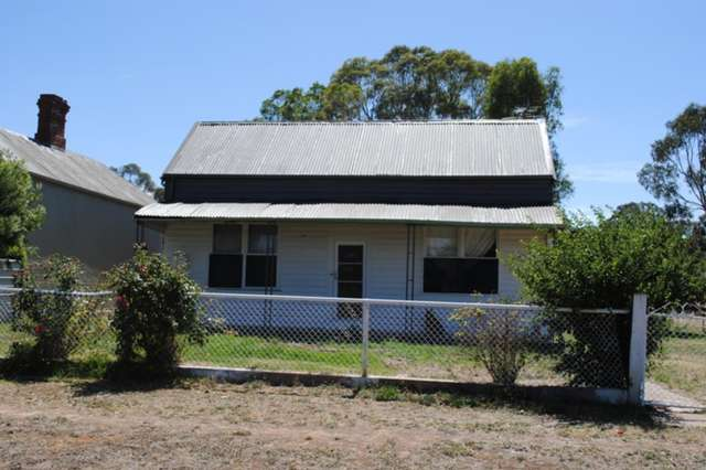 28 Broadway, Dunolly VIC 3472